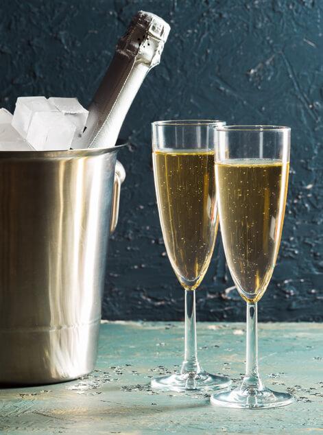 Champagne Gift Baskets Delivery Pomfret Center