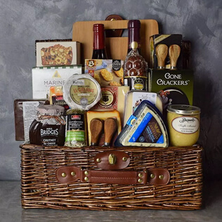 Deluxe Wine & Cheese Gift Basket Manchester