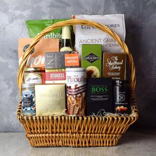Markham Rustic Wine Gift Basket Rhode Island